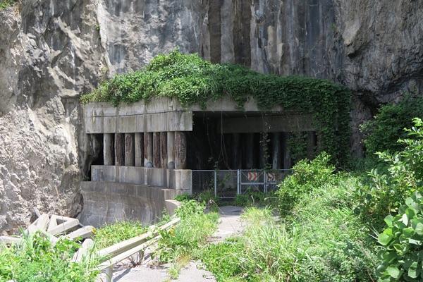 旧道トンネル